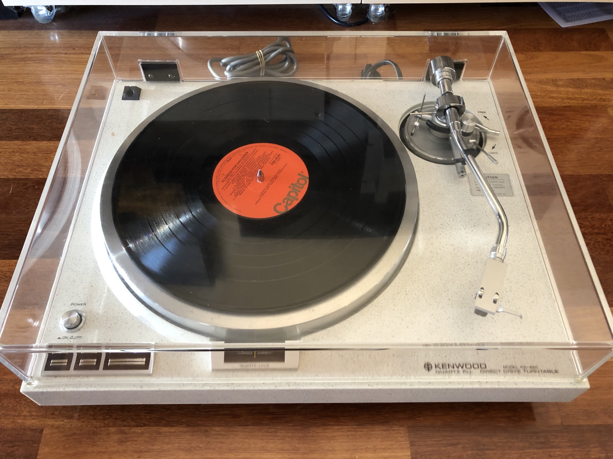 Kenwood KD-650 Direct Drive Turntable